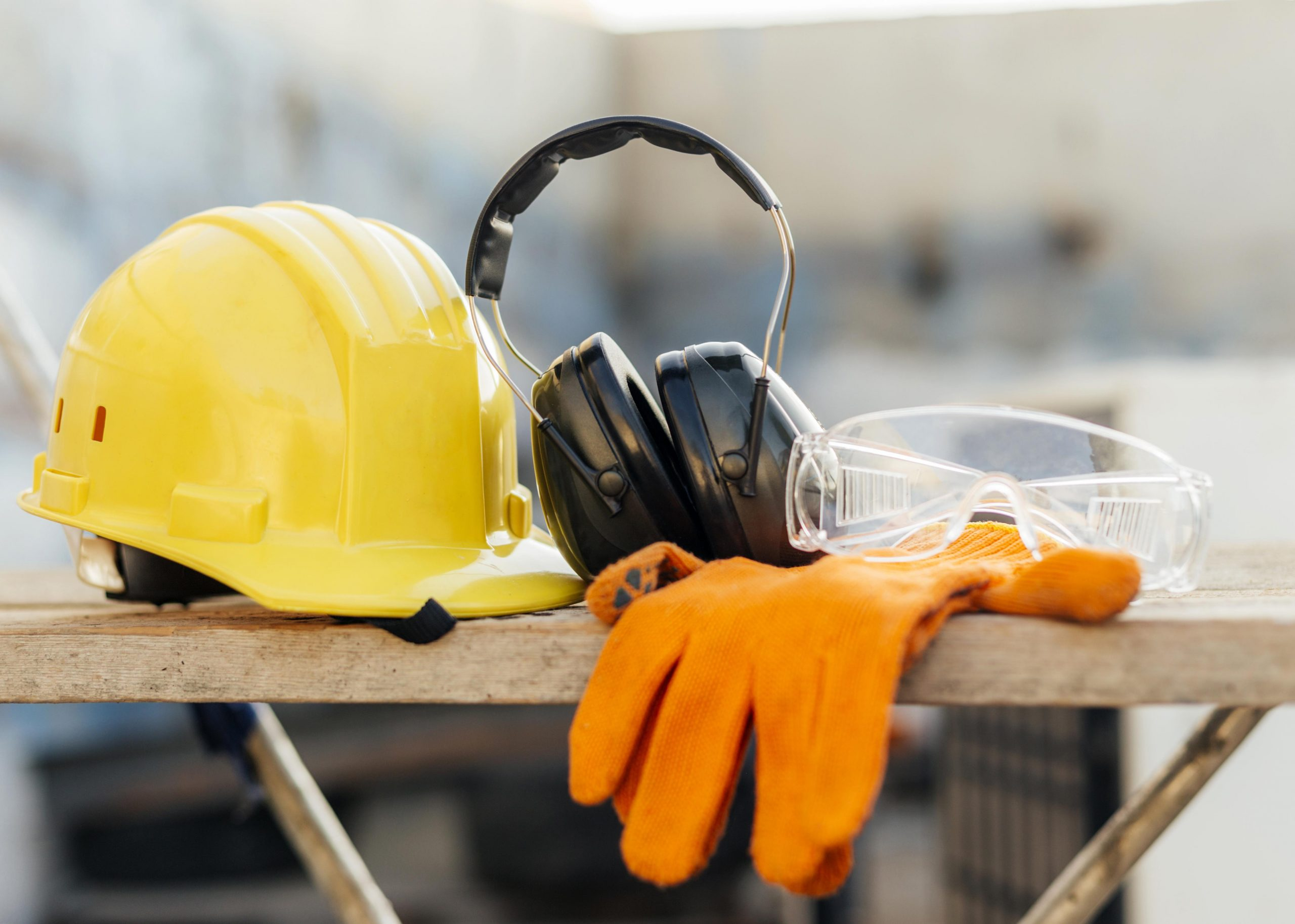 front-view-protective-glasses-with-hard-hat-headphones